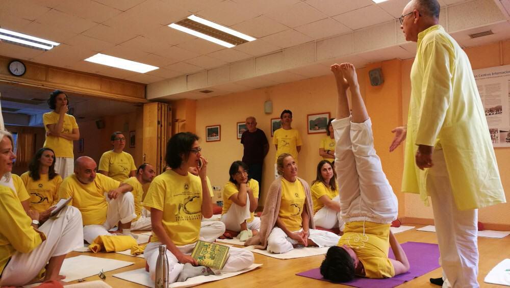 Jornada para profesores de yoga