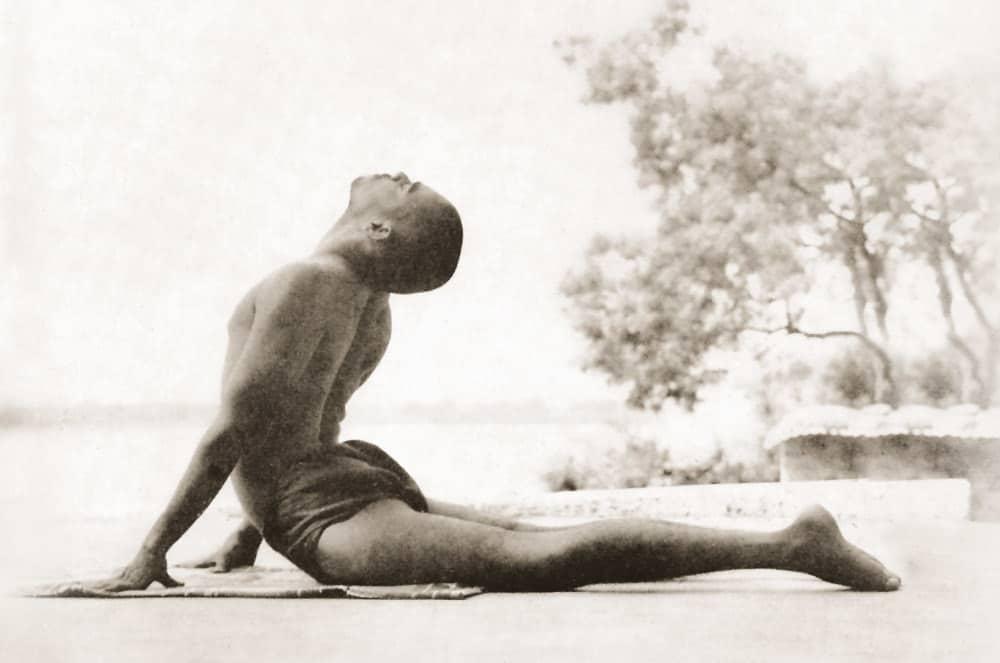 El fuego del yoga, con Swami Sivadasananda
