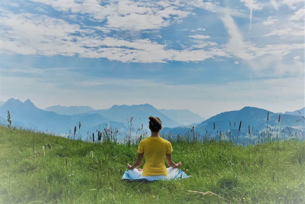 Meditación grupal en vivo